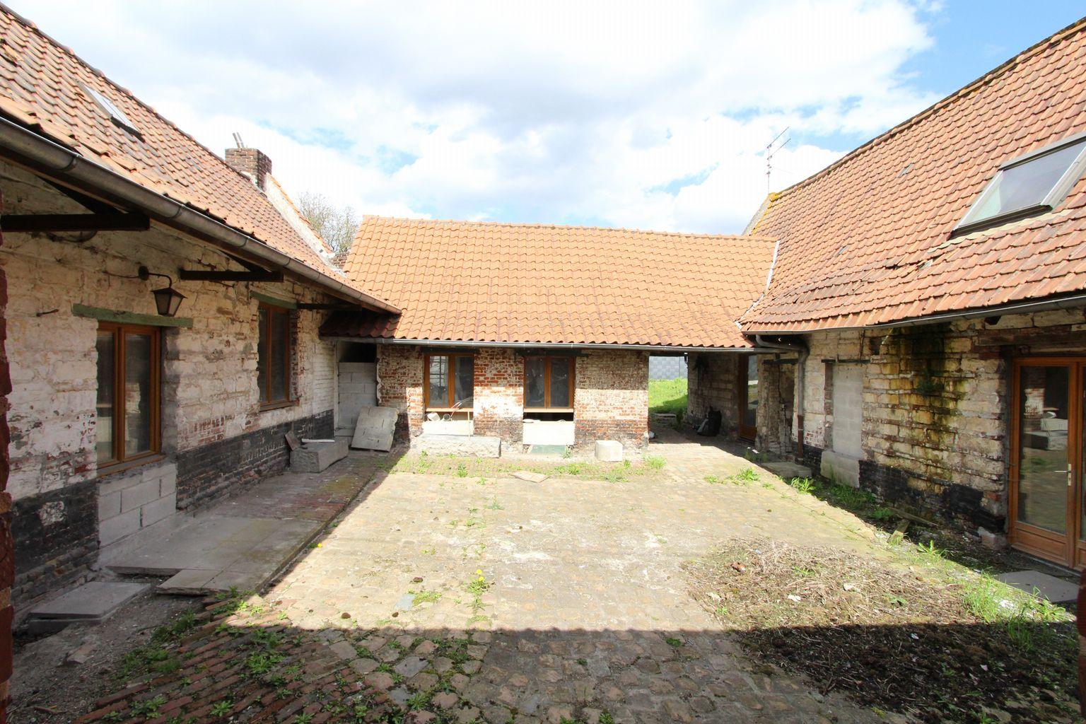 Ventes maison maison vendre lesquin for Garage de la riviera villeneuve d ascq