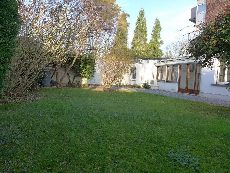Terrain et immeuble villeneuve d 39 ascq agence avenue for Piscine villeneuve d ascq