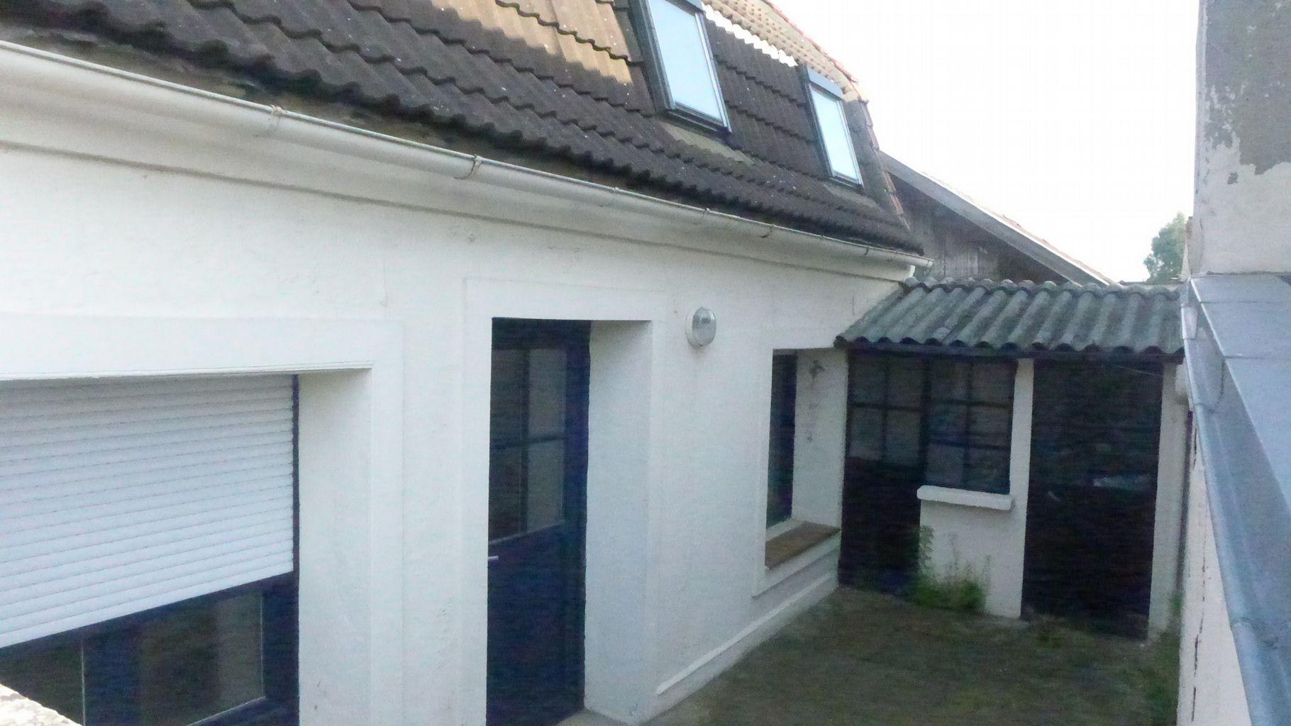 Ventes maison maison flamande phalempin centre for Garage rue leon blum villeurbanne
