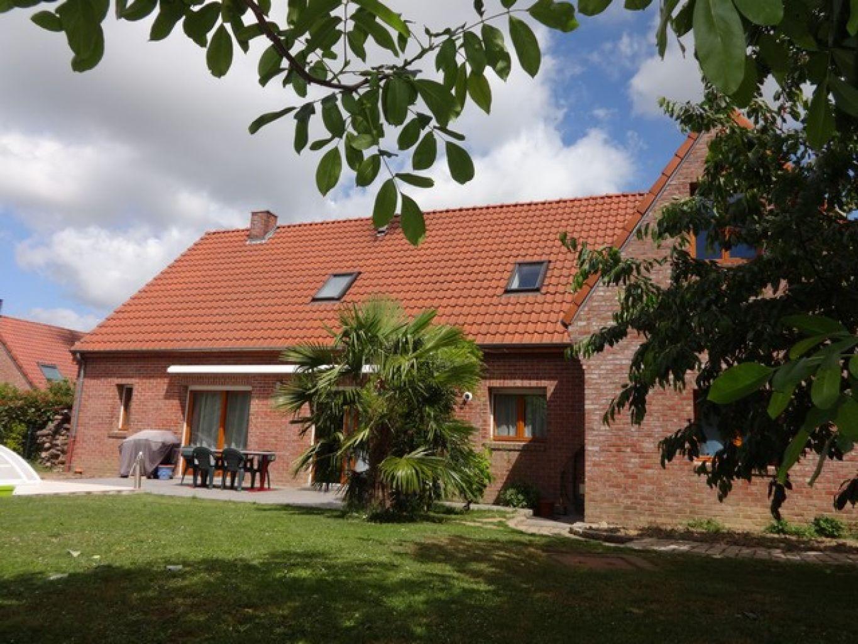 Capinghem maison individuelle de 2005 dans lotissement for Acheter une maison en lotissement