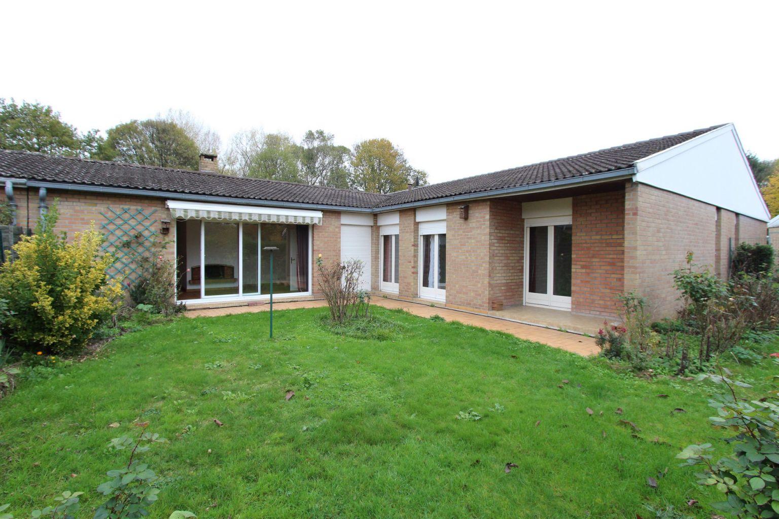 Ventes maison vendu maison villeneuve d 39 ascq for Piscine villeneuve d ascq
